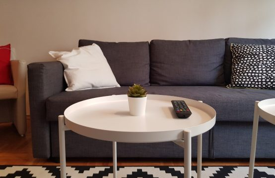 For rent one bedroom apartment on Solunska Str.